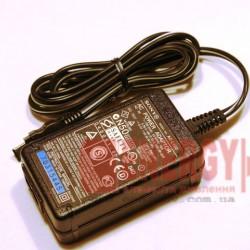 Сетевое зарядное устройство SONY AC-L100